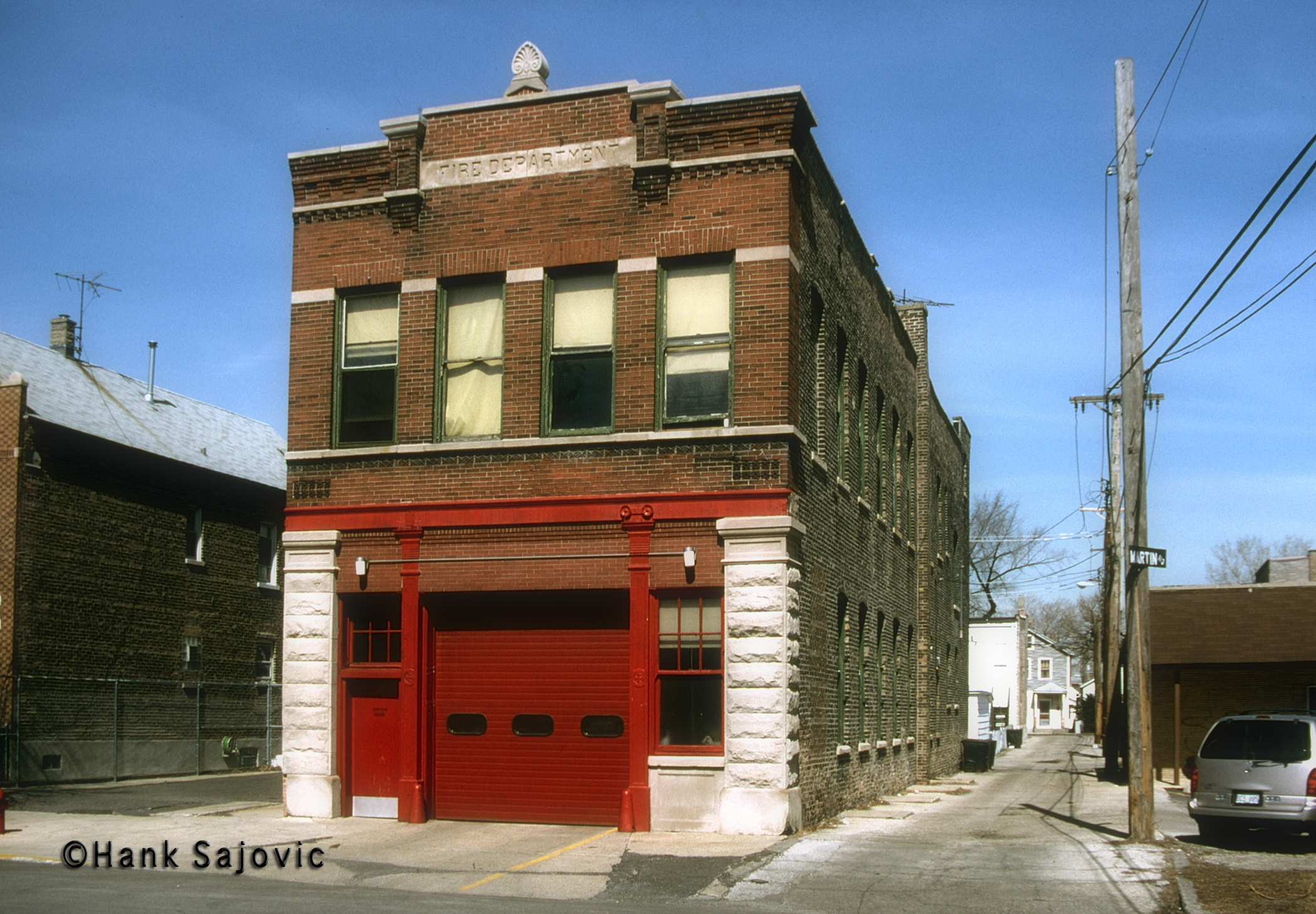 Chicago Fire Department Engine 39's house